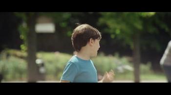 John Lewis TV Spot, 'Monty the Penguin' - Thumbnail 3