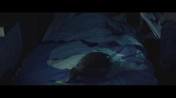 John Lewis TV Spot, 'Monty the Penguin' - Thumbnail 4
