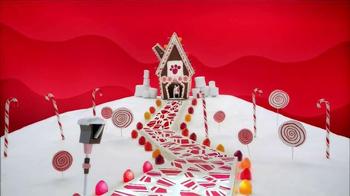 Target Black Friday TV Spot, 'Holiday 2014: Gingerbread' Song by Karen O - Thumbnail 8
