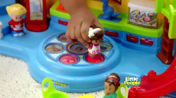 Fisher Price Little People Musical Preschool TV Spot - Thumbnail 6