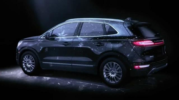 2015 Lincoln MKC TV Spot, 'Wish List Event' - Thumbnail 4