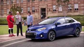 2015 Toyota Corolla TV Spot, 'Coach T: Sporty Look' - Thumbnail 4