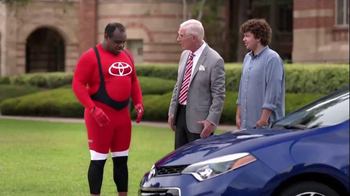 2015 Toyota Corolla TV Spot, 'Coach T: Sporty Look' - Thumbnail 5