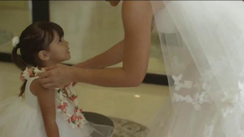 Hawaiian Airlines TV Spot, 'Spirit of Our Home' - Thumbnail 8
