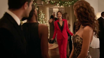 JCPenney Bring On the Jingle Sale TV Spot, 'Give a Gift' - Thumbnail 6