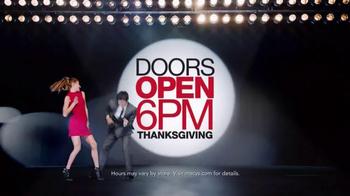 Macy's Black Friday Sale TV Spot, 'Doorbusters' - Thumbnail 2