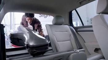 Volkswagen Evento Sign Then Drive TV Spot, 'Todos Están Hablando' [Spanish] - Thumbnail 4