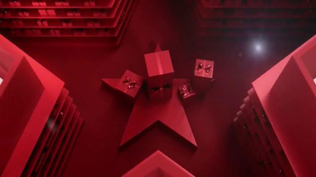 Macy's Star Gift TV Spot, 'Oh So Chic' - Thumbnail 2