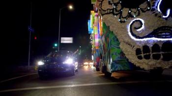 Chrysler 200 TV Spot, 'L.A. Love' Featuring Fergie - Thumbnail 7