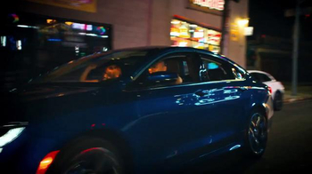 Chrysler 200 TV Spot, 'L.A. Love' Featuring Fergie - Thumbnail 8