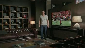 DIRECTV TV Spot, 'Scrawny Arms Rob Lowe' - Thumbnail 3