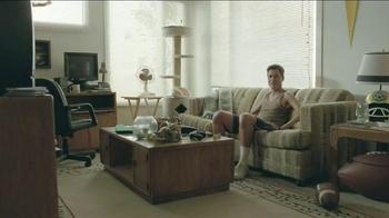 DIRECTV TV Spot, 'Scrawny Arms Rob Lowe' - Thumbnail 5