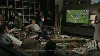 DIRECTV TV Spot, 'Scrawny Arms Rob Lowe' - Thumbnail 6