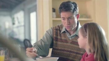 AARP Services, Inc. TV Spot, 'Caregiver Assistance: Spoon' [Spanish] - Thumbnail 2