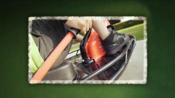 Razor Crazy Cart TV Spot, 'Catch of the Day' - Thumbnail 3