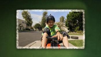 Razor Crazy Cart TV Spot, 'Catch of the Day' - Thumbnail 4
