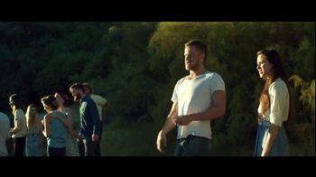 Chrysler TV Spot, 'Driving Music: Interscope Recording Artists' - Thumbnail 10