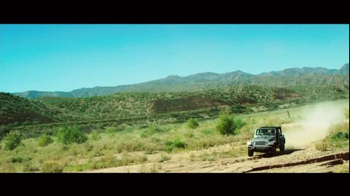 Chrysler TV Spot, 'Driving Music: Interscope Recording Artists' - Thumbnail 9
