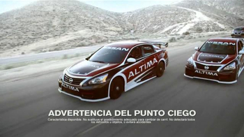 2015 Nissan Altima TV Spot, 'Siente la Emoción de un Altima' [Spanish] - 25 commercial airings