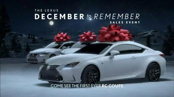 Lexus December to Remember Sales Event TV Spot, 'Magic Box' - Thumbnail 7