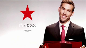 Macy's Star Gift TV Spot, 'Be Fashionably on Time' - Thumbnail 10