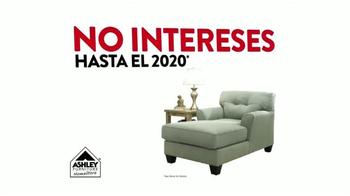 Ashley Furniture Homestore TV Spot, 'Multitudes de Viernes Negro' [Spanish] - Thumbnail 5