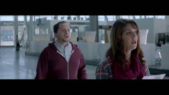 Netflix TV Spot, 'The Entertainment of Today: Airport' - Thumbnail 5