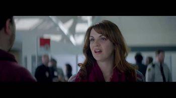 Netflix TV Spot, 'The Entertainment of Today: Airport' - Thumbnail 6