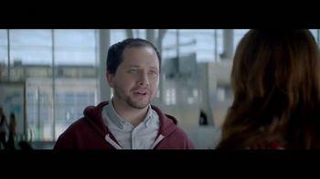 Netflix TV Spot, 'The Entertainment of Today: Airport' - Thumbnail 7