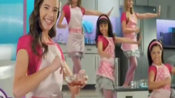 Easy-Bake Ultimate Oven TV Spot, 'Bake With the Big Kids' - Thumbnail 3