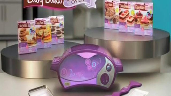 Easy-Bake Ultimate Oven TV Spot, 'Bake With the Big Kids' - Thumbnail 8