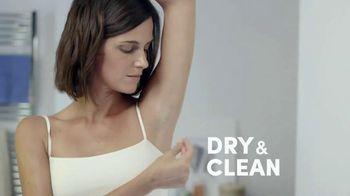 Degree Women Dry Spray TV Spot, 'Superior Protection'