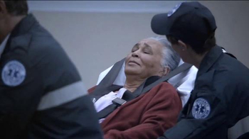 Zaxby's Heart of Dallas Bowl TV Spot, 'First Responders' - Thumbnail 5
