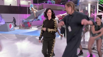 Pepsi TV Spot, 'Hyped for Halftime: Katy Perry's Super Bowl Halftime Show' - Thumbnail 7