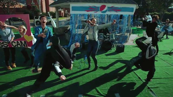Pepsi TV Spot, 'Hyped for Halftime: The Fastest Halftime Show Ever!' - Thumbnail 6