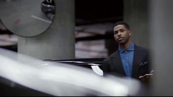 2015 Kia K900 TV Spot, 'Parking Spot' Featuring LeBron James - Thumbnail 5