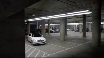 2015 Kia K900 TV Spot, 'Parking Spot' Featuring LeBron James - Thumbnail 6