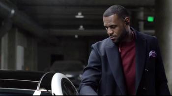2015 Kia K900 TV Spot, 'Parking Spot' Featuring LeBron James - Thumbnail 7
