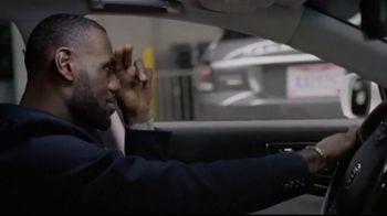 2015 Kia K900 TV Spot, 'Parking Spot' Featuring LeBron James - 397 commercial airings