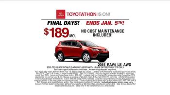 2015 Toyota Rav4 TV Spot, 'Toyotathon' - Thumbnail 9