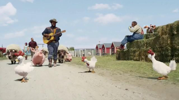 Hay Day TV Spot, 'Take a Load Off' Featuring Craig Robinson - Thumbnail 6