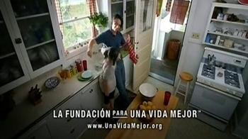 La Fundación para una Vida Mejor TV Spot, 'La Comunicación' [Spanish] - Thumbnail 9