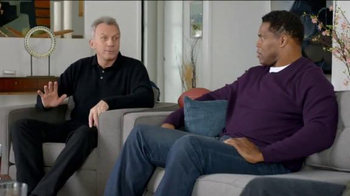 AT&T TV Spot, 'AT&T CFB Legends: Mascot' Ft. Joe Montana, Doug Flutie - Thumbnail 4