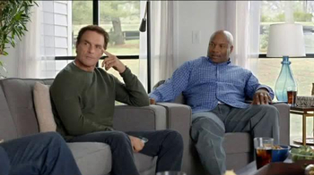 AT&T TV Spot, 'AT&T CFB Legends: Mascot' Ft. Joe Montana, Doug Flutie - Thumbnail 5