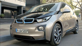 BMW i3 Assistance Services TV Spot, 'By 360° Electric' - Thumbnail 4