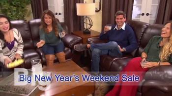 Mor Furniture Big New Year's Weekend Sale TV Spot, 'Big Savings' - Thumbnail 3