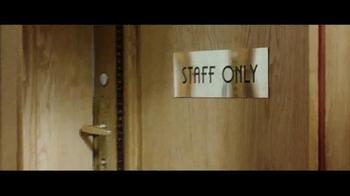 Axe White Label TV Spot, 'Hotel' - Thumbnail 6
