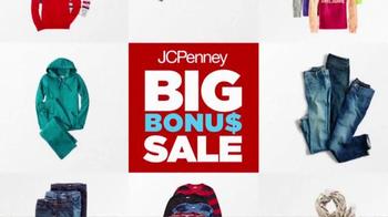 JCPenney Big Bonus Sale TV Spot, 'The Deals are Still Hot' - Thumbnail 10