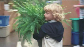 Miracle-Gro TV Spot, 'Garden of Life' - Thumbnail 8