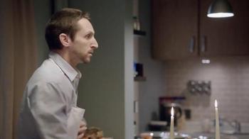 Allstate TV Spot, 'La Mala Suerte: Romantic Dinner' [Spanish] - Thumbnail 5